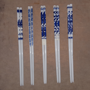 porcelain_chopsticks